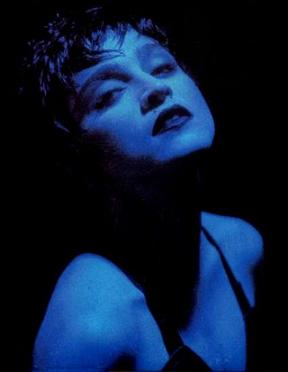 madonna_open_single_photo_1.jpg