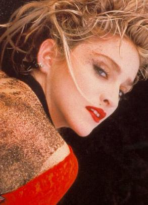 madonna_red_lace_85_3.jpg